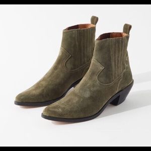 Urban Outfitters Olive Tina Suede Western Boot